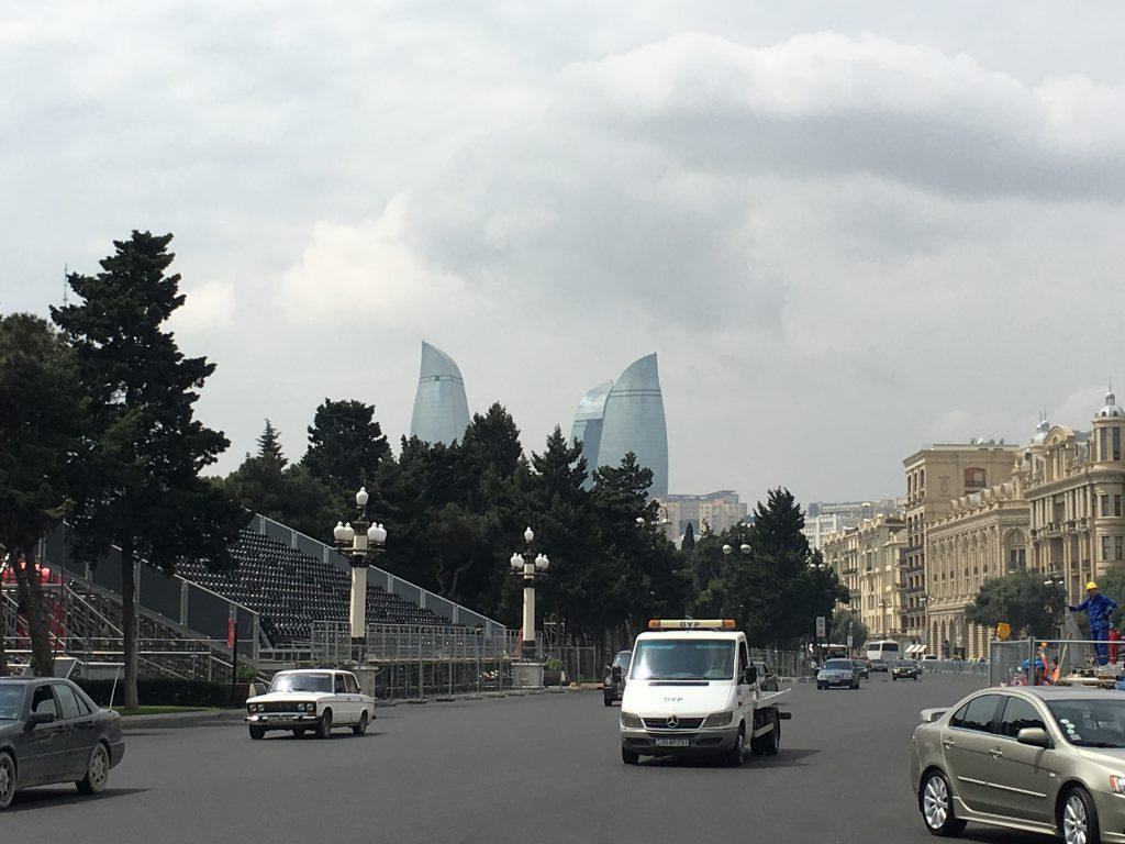 Circuito Urbano De Baku : Vídeo veja a volta com que vettel obteve a pole em baku tvi